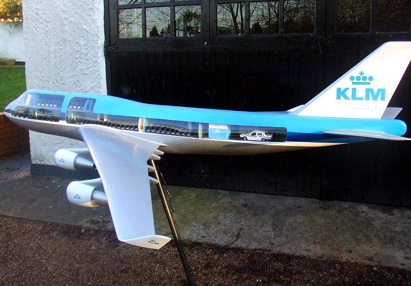 1 36 Klm Boeing 747 400 Cutaway Model