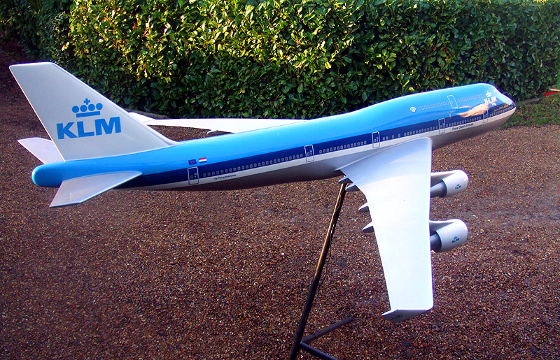boeing 747 400 model with Klm744 6 on Najwieksze Samoloty Pasazerskie in addition LM85 furthermore British Airways Boeing 747 400 Papercraft as well Model Id 2087 Airbus A380 841 Ana All Nippon Airways Jaxxxx 2 further Fsx Iran Air Boeing 747 400 Old Colors.